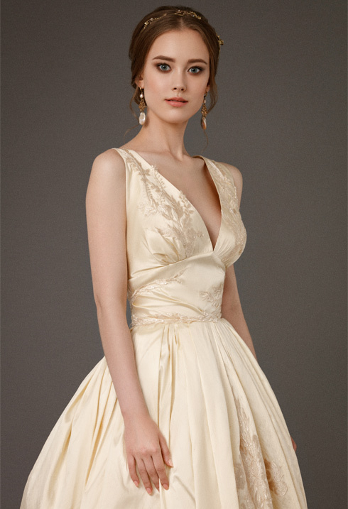 VictoriaSpirina_model_dress_EvaGold_IMG5414