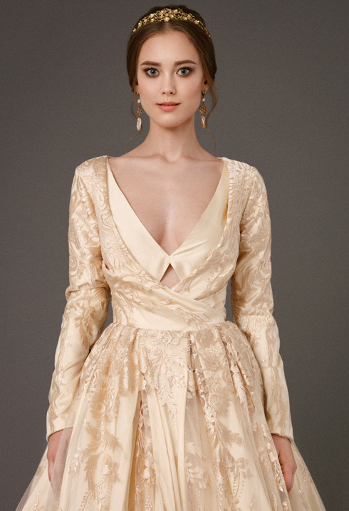 VictoriaSpirina_model_dress_BriarGoldlace_IMG5416