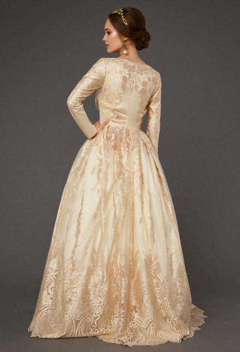 VictoriaSpirina_model_dress_BriarGoldlace_IMG5418